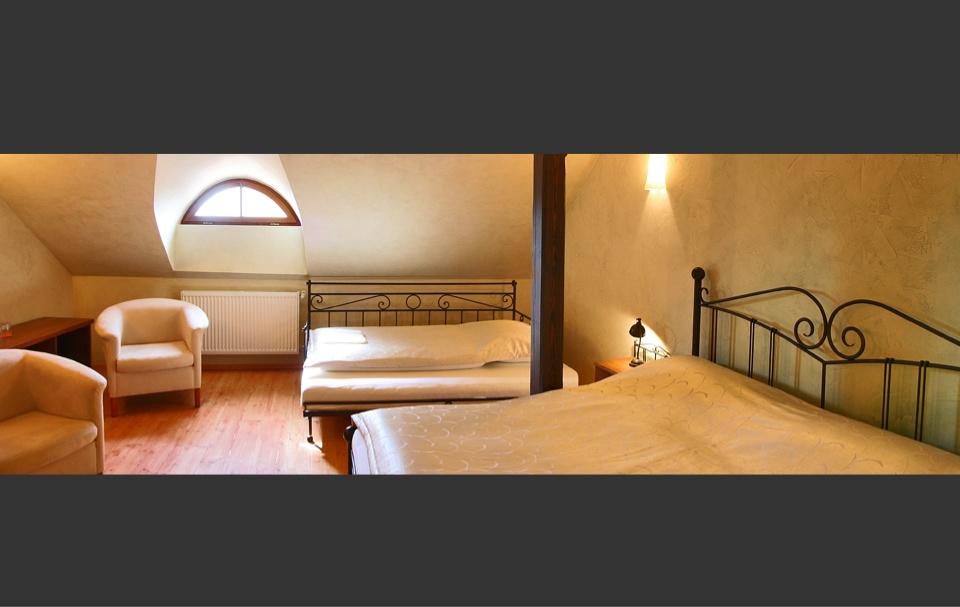 d2fc04376b9a Kovový a kovaný nábytok IRON-ART