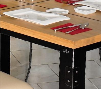 Stůl Carcassonne detail