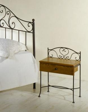 Nočný stolík Malaga so zásuvkou