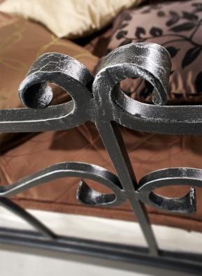 Kovaná postel Altea - detail