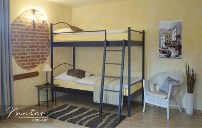 Kovová poschodová posteľ