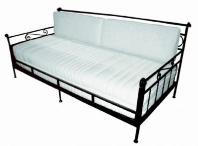 Rozkládací gauč Romantic s matrací a zádovými opěrkami