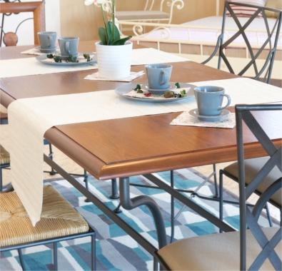 Jedálenský stôl Provence, stoličky Bologna