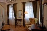 Kovaný nábytek - Hotel u Svatého Jána v Praze