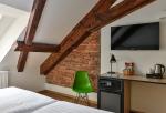 Hotelový nábytek pro hotel Garden Court